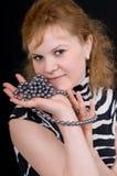 Femme avec un bijou Photos stock