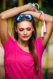 Femme avec une corde à sauter Image stock