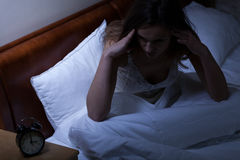 Femme ayant des problèmes avec le sommeil Images stock