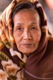 Femme birmanne supérieure photo libre de droits