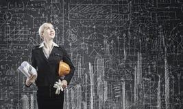 femme blanc d'isolement par ingénieur de bacground Photo stock