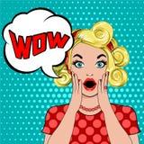 Femme blonde étonnée d'art de bruit de bulle de wow illustration stock