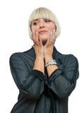 Femme blonde attirante avec les ongles argentés image stock