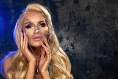 Femme blonde sensuelle images libres de droits