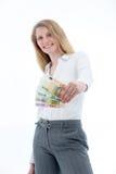 Femme brandissant d'euro notes Photo stock