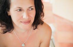Femme caucasienne, portrait en gros plan de visage photo libre de droits