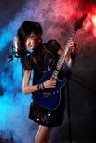 Femme chanteur photo stock