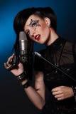 Femme chanteur images libres de droits