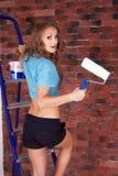 Femme commençant la rénovation Image libre de droits