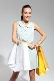 Femme d'achats avec le sac achats d'eco Images stock