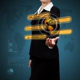 Femme d'affaires - 2 Afficher la télécommunication mondiale virtuelle Concept de Images stock