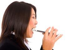 Femme d'affaires asiatique avec la tablette Image libre de droits
