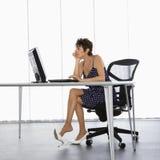 Femme d'affaires au travail. Photographie stock libre de droits