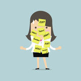 Femme d'affaires avec beaucoup de notule pour le travail urgent Photographie stock libre de droits
