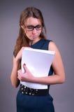 Femme d'affaires avec des documents image libre de droits