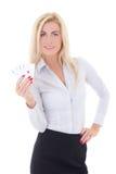 Femme d'affaires avec jouer des cartes d'isolement sur le blanc Image stock