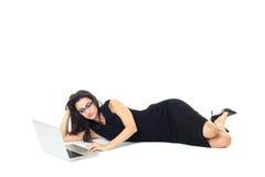 Femme d'affaires avec l'ordinateur portable Photos stock