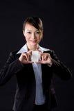 Femme d'affaires avec la carte blanche Photographie stock