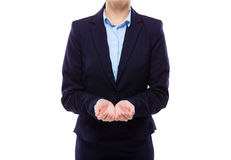 Femme d'affaires avec la main deux présentant quelque chose Images stock