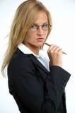 Femme d'affaires avec le crayon lecteur Photo libre de droits