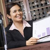 Femme d'affaires avec le diagramme. Photographie stock libre de droits