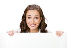 Femme d'affaires avec le panneau indicateur, sur le petit morceau photo stock