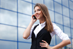 Femme d'affaires avec le portable Photo libre de droits