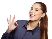 Femme d'affaires avec le signe en bon état de main Images libres de droits