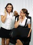 Femme d'affaires blâmant l'associé Images stock