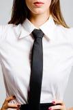 Femme d'affaires dans la relation étroite images stock