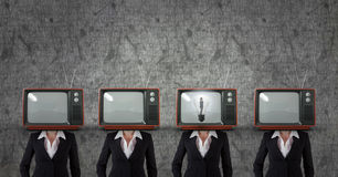 Femme d'affaires de tête de TV Avoir une idée Photo libre de droits