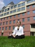 Femme d'affaires de yoga photo libre de droits