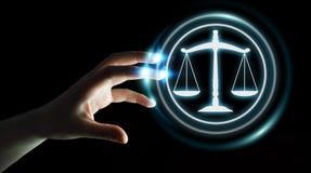 Femme d'affaires employant le rendu de la droite 3D de protection de loi Photographie stock libre de droits