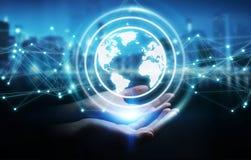 Femme d'affaires employant le rendu de la sphère 3D de réseau de la terre de planète Photos libres de droits