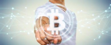 Femme d'affaires employant le rendu du cryptocurrency 3D de bitcoins Photos stock