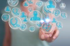 Femme d'affaires employant le rendu médical moderne de l'interface 3D Photos libres de droits
