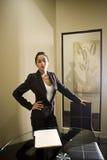 Femme d'affaires hispanique Image stock
