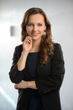 Femme d'affaires Inside Office Building Photo stock