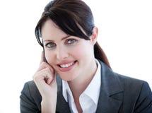 Femme d'affaires intelligente sur le sourire de téléphone Image libre de droits