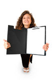 Femme d'affaires jugeant une tablette d'isolement Photo stock