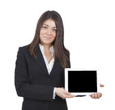 Femme d'affaires montrant le comprimé images stock