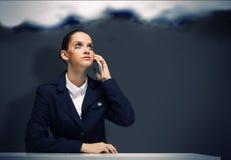 Femme d'affaires préoccupée photographie stock libre de droits