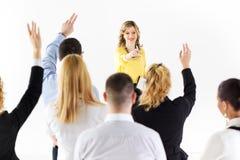 Femme d'affaires répondant aux questions Photo libre de droits