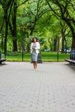 Femme d'affaires Street Fashion à New York photographie stock