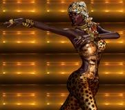 Femme d'afro-américain de mode d'impression de léopard avec des beaux cosmétiques Photographie stock