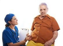 Femme d'Eldery sur le contrôle de santé Photographie stock libre de droits