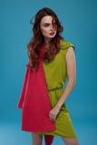 Femme dans des vêtements de mode Bel In Stylish Clothing modèle Images libres de droits