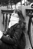 Femme dans l'écharpe Photographie stock