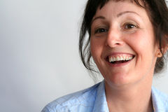 Femme dans la chemise bleue Image libre de droits