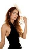 Femme dans la fin de gilet de noir de robe sérieuse Photographie stock libre de droits
